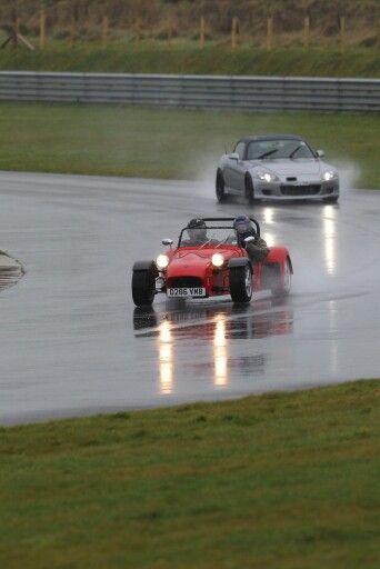 Racing the tiger at Anglesey coastal on the worst day possible