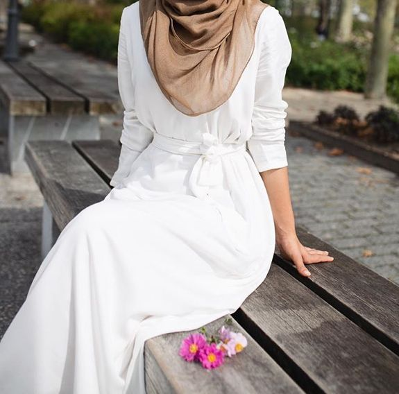 Pinterest: @eighthhorcruxx. Summery outfit. White belted abaya and brown hijab. Hajra_aaa