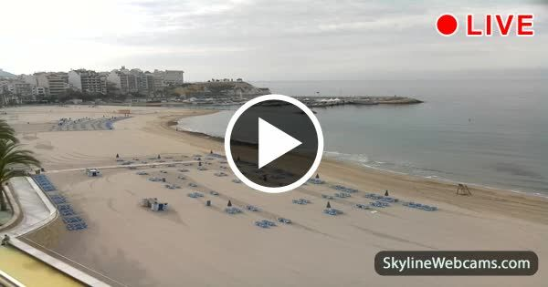 Live images from the beach of Costa Blanca, ideal place for summer holidays in #Spain. #Benidorm #travel #webcam