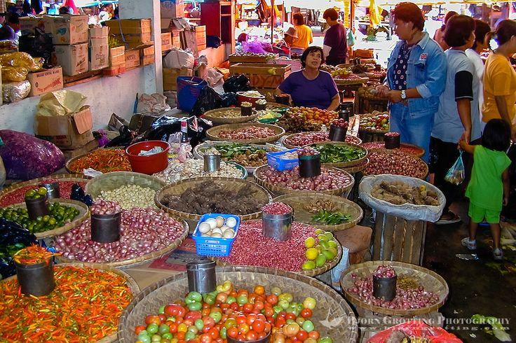 Tomohon View Market Minahasa