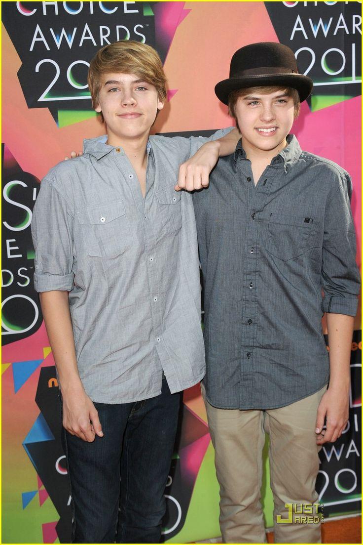 Dylan e Cole Sprouse - Zack e Cody: Gemeos a Bordo em 2010