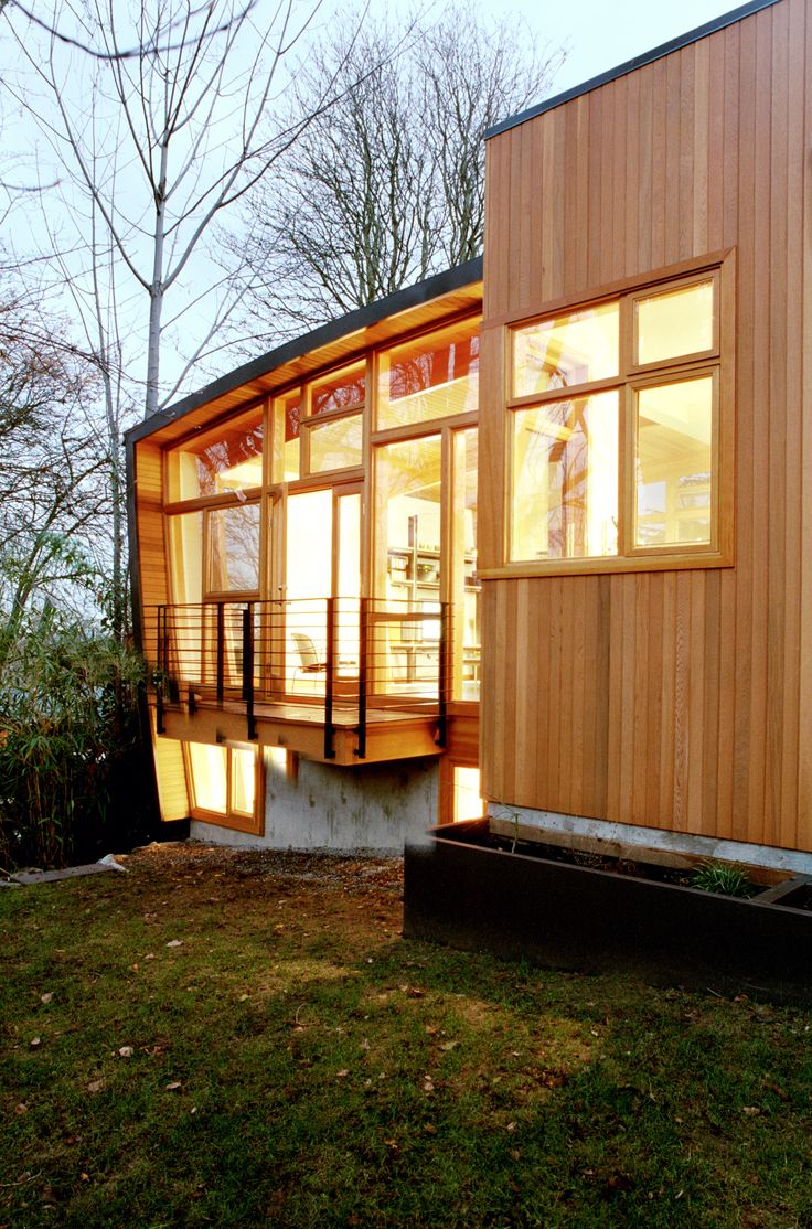 Modern Home Paneled With Western Red Cedar Modern