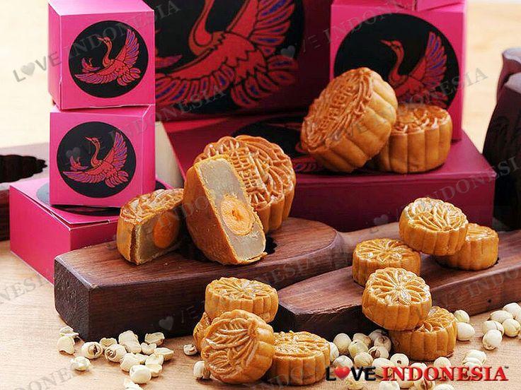 Dalam menyambut Festival Musim Gugur yang sangat diantisipasi, Hotel Borobudur Jakarta dengan bangga menghadirkan variasi kue bulan istimewa yang dapat dinikmati atau diberikan sebagai hadiah cantik kepada keluarga, teman, maupun rekan bisnis.