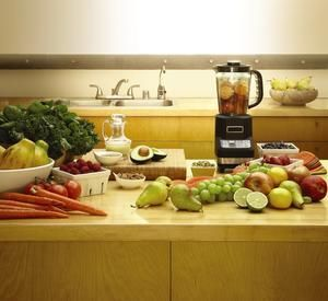 Perfect Meal Replacement Smoothies - : Logan Alexander http://www.fitbie.com/eat-right/perfect-meal-replacement-smoothies