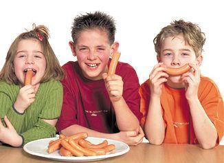 die Bioküche: Weihnachtsessen: Bio-Wiener und Kartoffelsalat In vielen Familien ist es Tradition, an Heiligabend Würstchen mit Kartoffelsalat zu essen. Rack & Rüther bietet passend dazu jetzt auch Wiener in Bio-Qualität an.