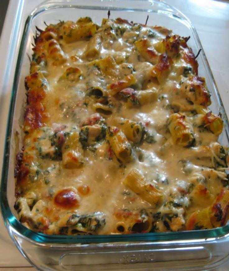CHICKEN AND SPINACH PASTA BAKE ~ Recipe of today