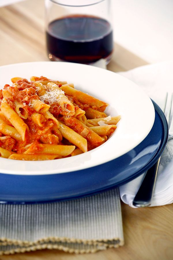 We add wines and alcohol to tomato sauces to pull out their flavor compounds. In this more modern tomato-cream sauce, or
