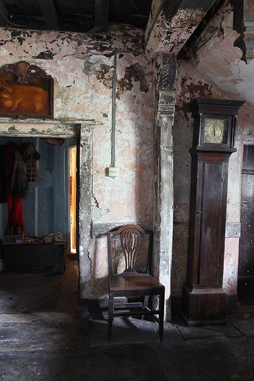 16thC Welsh farmhouse, antique grandfather clock