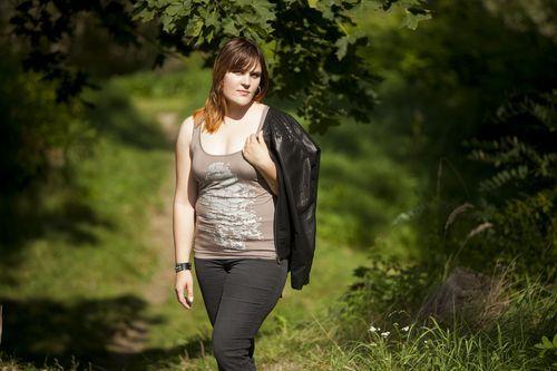 Fashion and styling: http://bellaboubelka.cz/moda-a-styling/promena-ctenarky/
