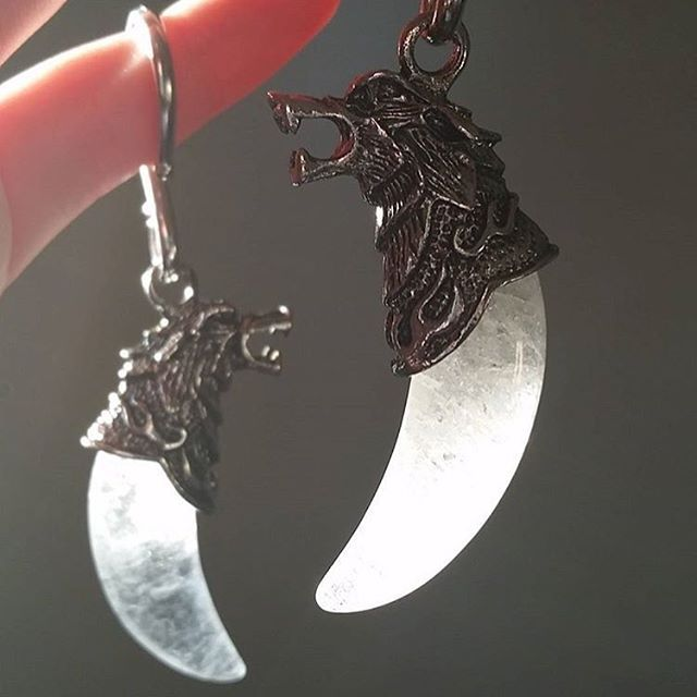 8 Gauge Handcrafted Natural Quartz Crystal Howling Wolf Ear Weights | Body Candy Body Jewelry