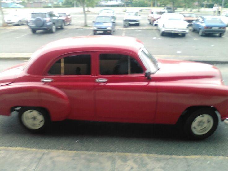 Carros viejos. Cuba