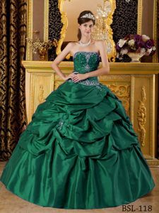 Popular Beading Strapless Green Dress for Sweet 16 with Pick-ups