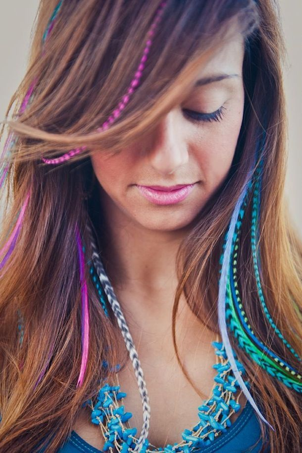 Feather Hair Extentions and Hair Chalk Color TINT: Fine Featherheads   The Official Pura Vida Bracelets Blog (sooon want)