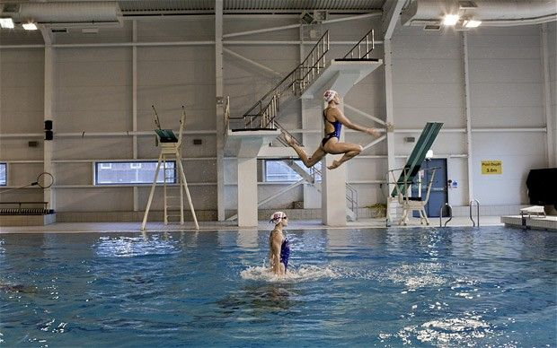 Olympic synchronized swimmers :O