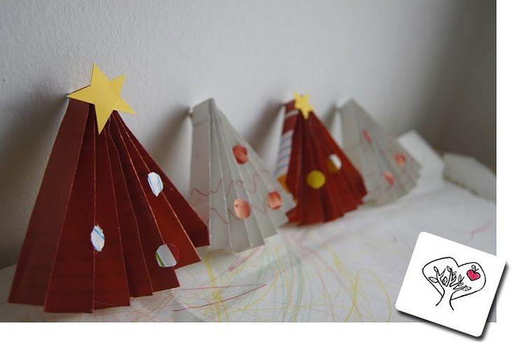 La forma delle nuvole: Festoni natalizi fai da te di carta riciclata