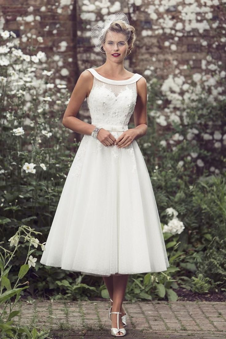Tea length bridal and 50 39 s style short wedding dresses for Wedding dresses for brides over 65