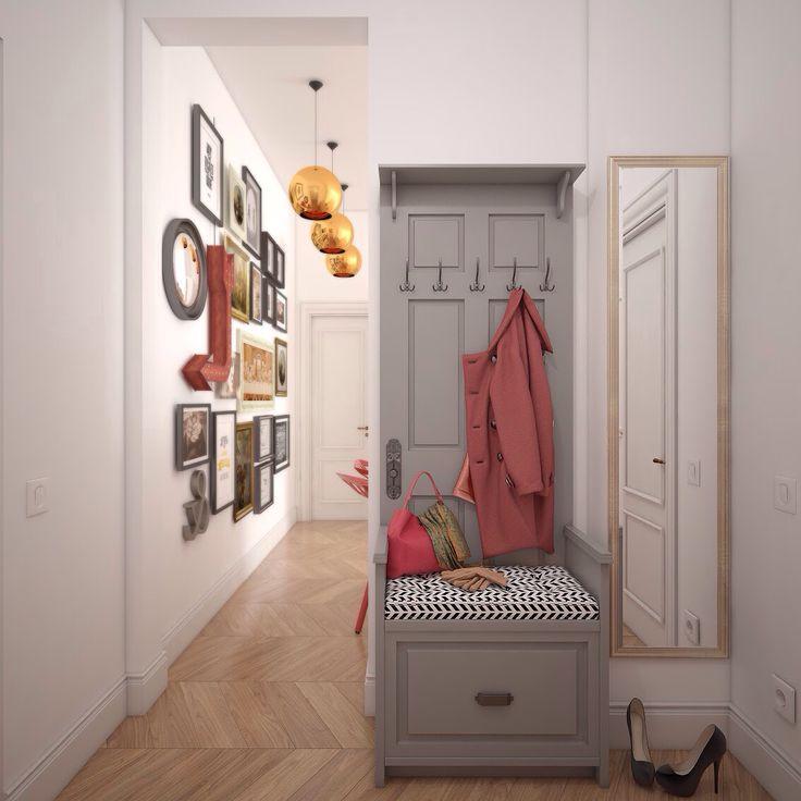 Открытый гардероб и коридор с композицией из картин в сталинском доме.