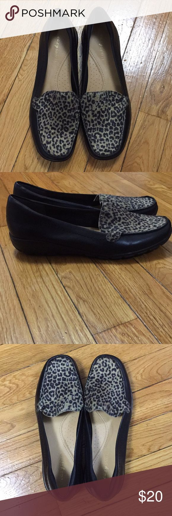 Never worn! Easy Spirit Abide Loafer Never worn! Easy Spirit Abide Loafer in black leather with leopard print top of loafer. Leopard print area I think is calf hair. Women's size 6.5 regular width. Easy Spirit Shoes Flats & Loafers