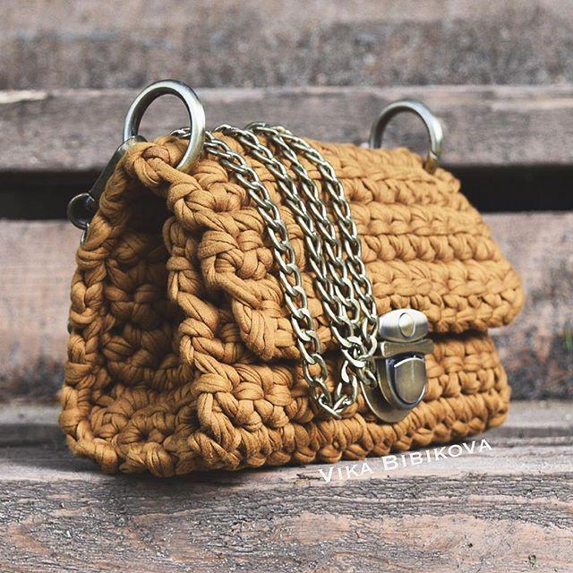 Наши идеальные лапочки сумочки побывали на лесной фото съёмке