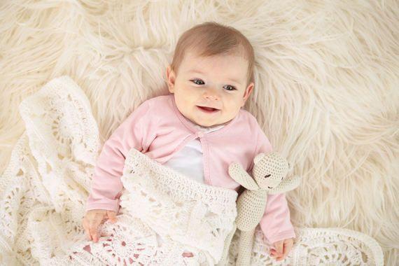 Alice  Coperta Bianca ad Uncinetto in Lana Naturale Baby