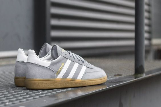 ADIDAS GAZELLE S76221, this adidas sneaker is now available at www.frontrunner.nl
