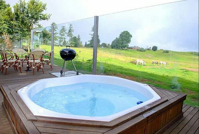 Spend your summer days overlooking the breathtaking hills of the KZN Midlands at @brahmanhills
