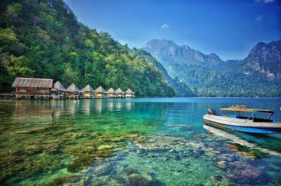 PERGIPEDIA  - Pantai Ora, Surga Dunia Yang Sangat Indah Dan Tersembunyi Di Kepulauan Maluku . Mal...
