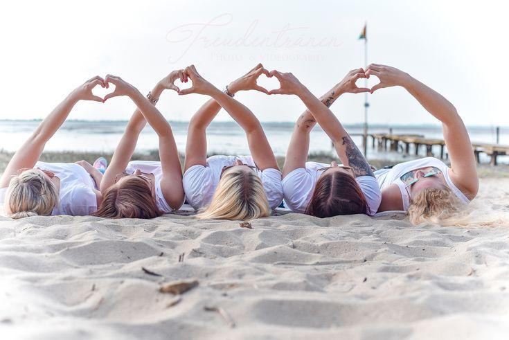 Freundeshooting, Freunde, Beste Freundin, Strandfotos, Gruppenbilder, Gruppenfotos, Freundinnen, Friends, Herz, Strandbilder, Strand, Nordsee, Wilhelm…
