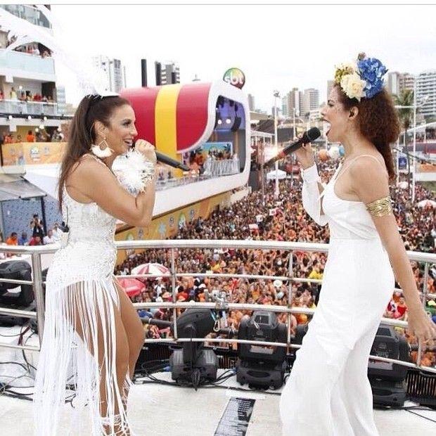 Ivete de perfil durante dueto com Vanessa da Mata (Foto: Reprodução/Instagram) Salvador - Bahia