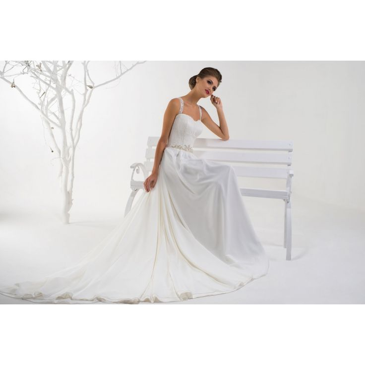 http://salonevamaria.sk/index.php?id_product=3249