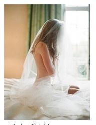 wedding boudoir shot