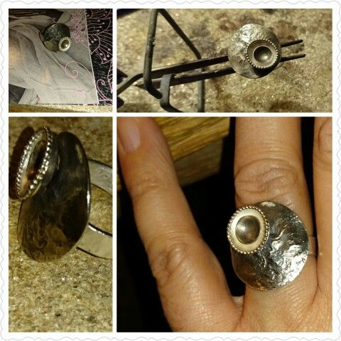 Handmade by Gallegal,  silver ring,  zilverbeits,  texture.