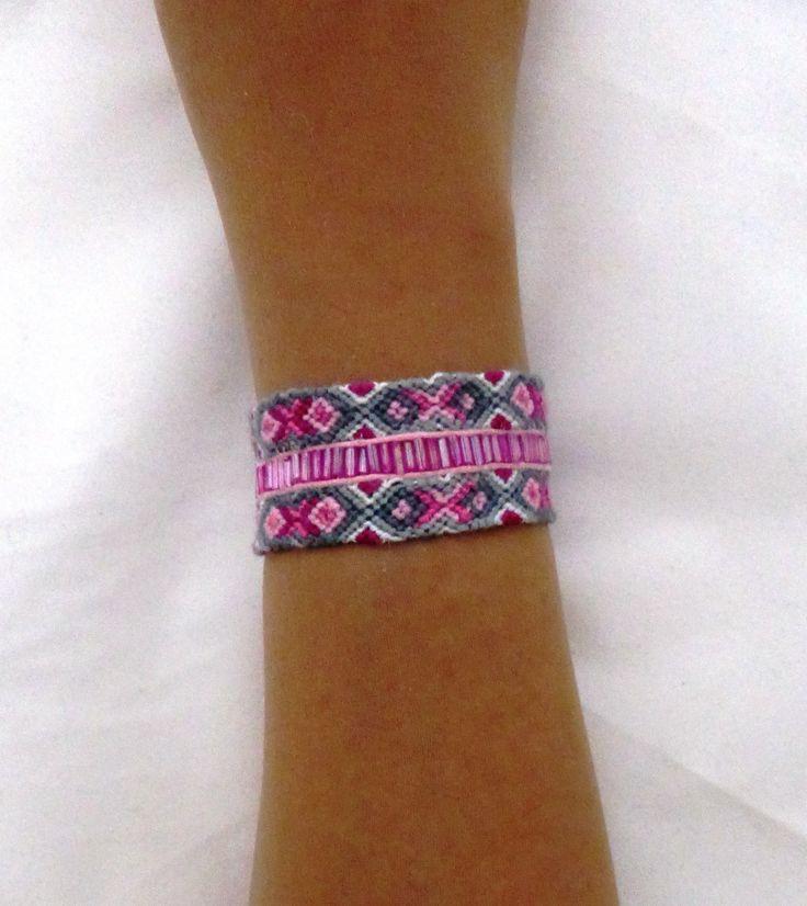 Bracelet manchette ethnique tendance gris rose fermoir aimanté : Bracelet par kiline