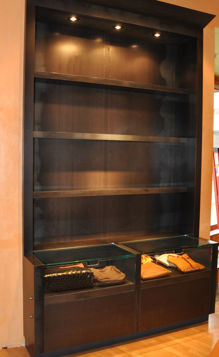 17 best ideas about retail display cases on pinterest display cases retail jewelry display. Black Bedroom Furniture Sets. Home Design Ideas