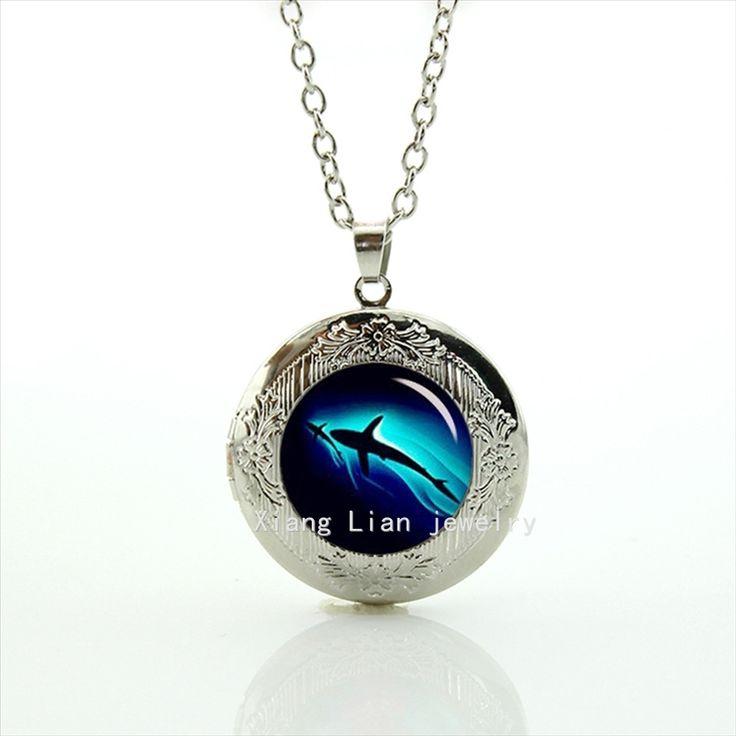 Los más queridos animales tiburón negro profundo mar foto locket collar regalo para Los Niños y niños T794(China (Mainland))