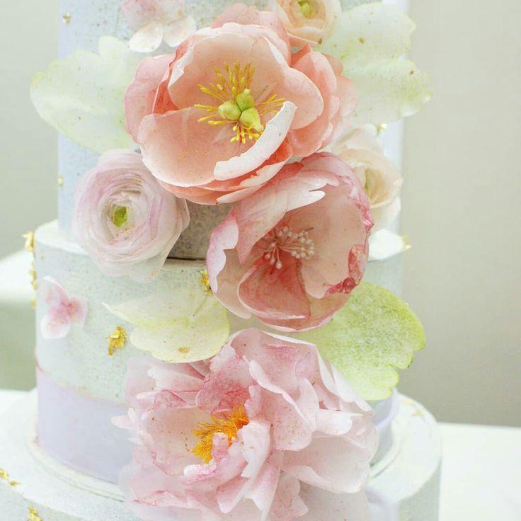 появилась вафельные цветы для торта фото виду