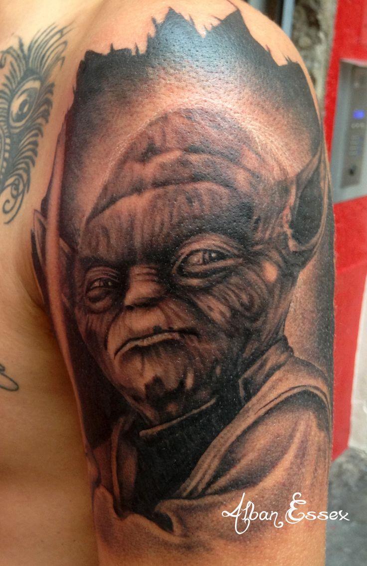 Portrait tattoo tatouage Yoda - Alban Essex
