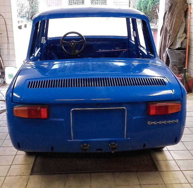 R8 Gordini  #wroclovers #wroclove #igersworld #igerseurope #igerspoland #igerspolska #instagram #igers #instagramers #window #okno #instashot #photooftheday #wroclaw #wrocław #samsung #photo #renault #renault8 #renault8gordini #gordini #renault8 #vintage #racing #car #bilauto #restoration