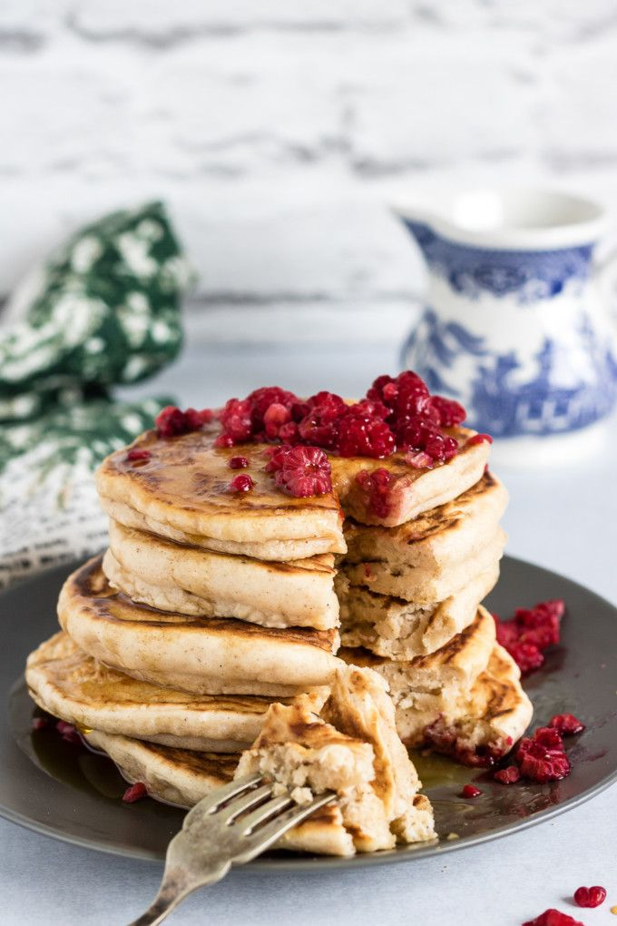 These easy fluffy vegan pancakes are delicately spiced with gingerbread. They're an amazing breakfast any time of year! #veganbreakfast #veganpancakes #pancakes