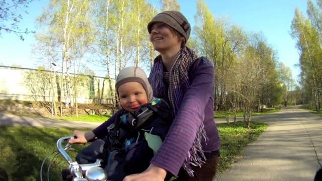 Bike: Pelago Stavanger  Seat: Bobike Mini+  Town: Helsinki, Finland  Season: Spring  Life: Wonderful