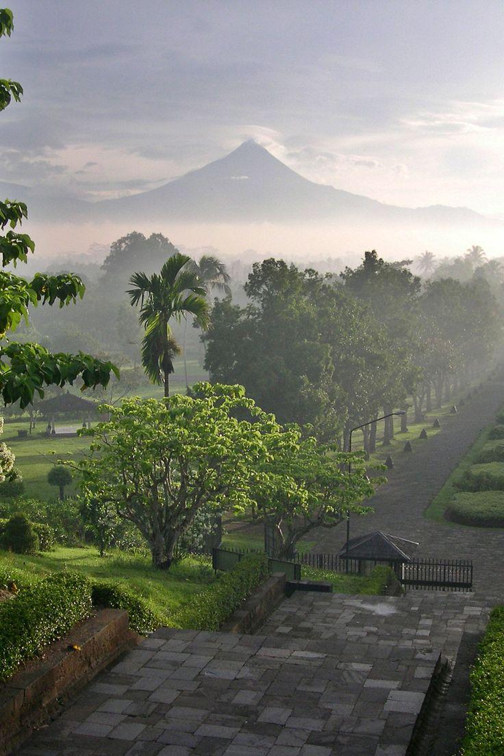 OR - Excursion sur Java, l'île caméléon d'Indonésie