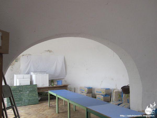 Saint-Fargeau-Ponthierry - Maisons / ateliers bulles -  Architecte / concepteur: Heinz Isler  Construction: 1976 - 1977