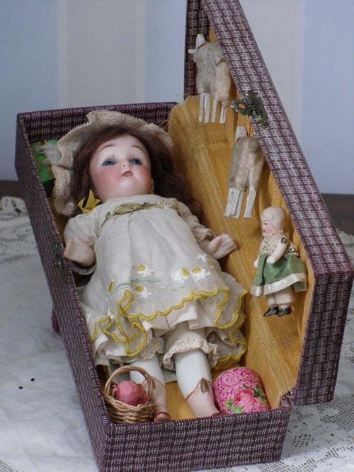 antique dollsBisque Dolls, Large Dolls, Sweets Antiques, Antique Dolls, Hello Dolly, Vintage Dolls, Antiques Dolls, Mignonette Dolls, Vintage Bisque