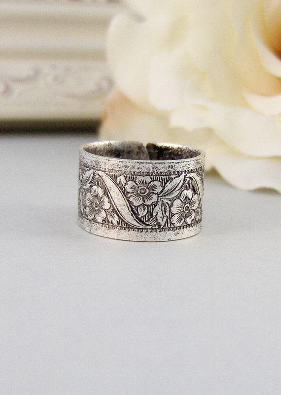 Petite Blossom Ring,Silver,Ring, Flower,Rose Ring,Antique Ring,Silver Ring,Blossom,Posey. Handmade jewelery by valleygirldesigns.
