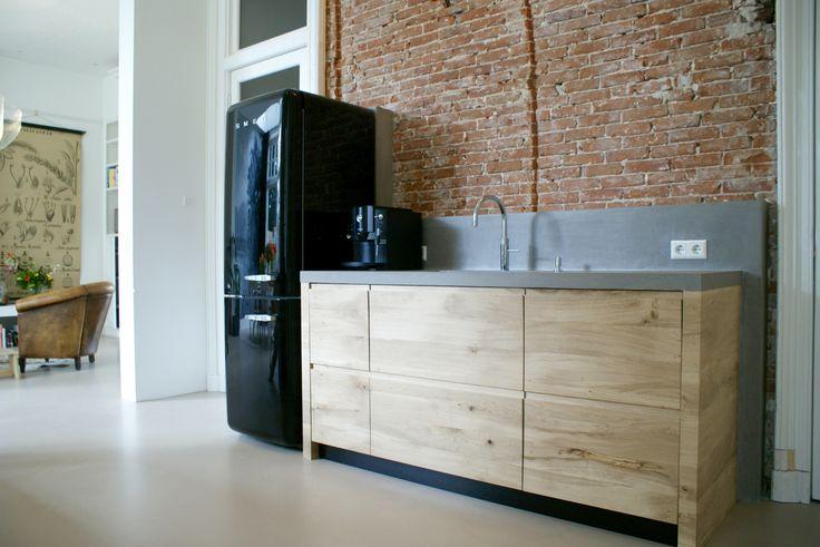17 beste idee n over zwarte plinten op pinterest donkere kasten donkere keukens en donkere - Keuken wit en groen ...