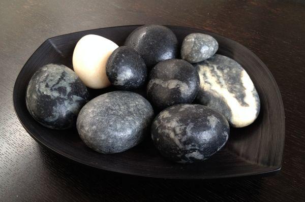"""Winter Centrepiece Idea"" Black Stone Soap: ""Charcoal Absinthe"" Grey Stone Soap: ""Cinnamon Flint"" Black/Grey Marble Stone Soap: ""Liquorice Lava"" White Stone Soap: ""Jasmine Blanc""  http://www.songsenses.com/blogs/news/10564777-winter-centrepiece-idea"