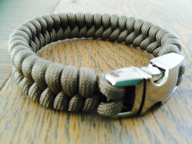 Mens' bracelet