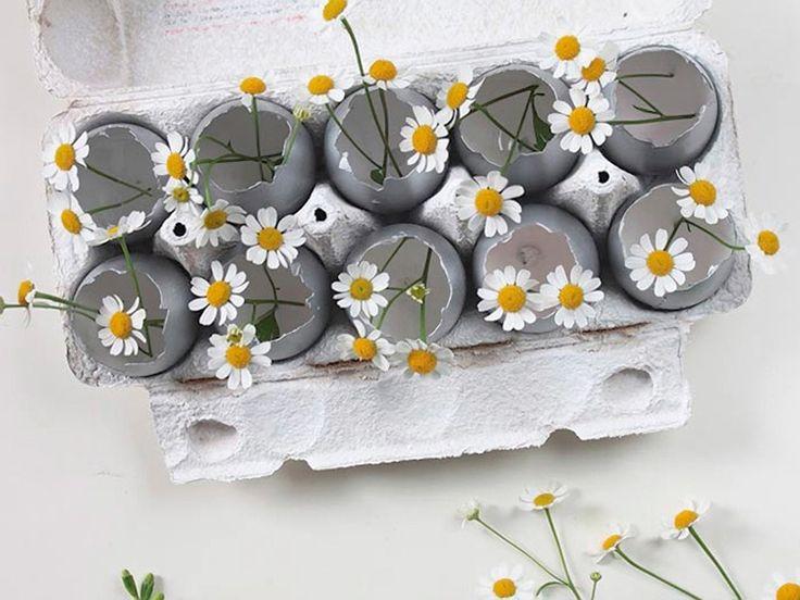 Tutoriel DIY: Fabriquer des minis-vases en œufs de Pâques via DaWanda.com