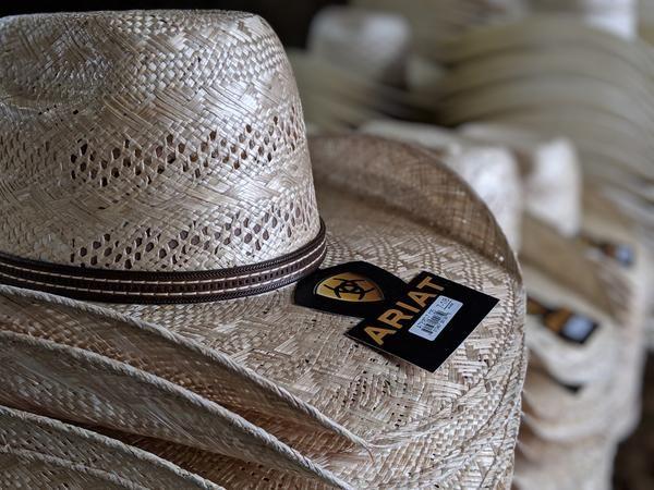 Ariat 10x Sisal Straw Cowboy Hat 4 1 2 Straw Cowboy Hat Cowboy Hats Hats