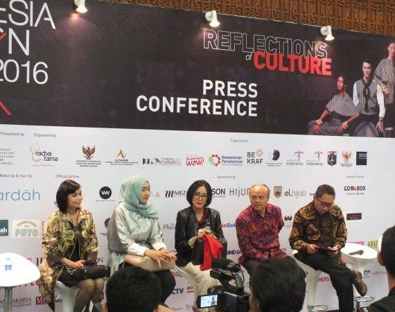 INDONESIA FASHION WEEK 2016: Reflection of Culture
